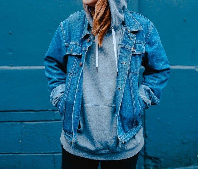 5 Ways to Style an Oversized Denim Jacket