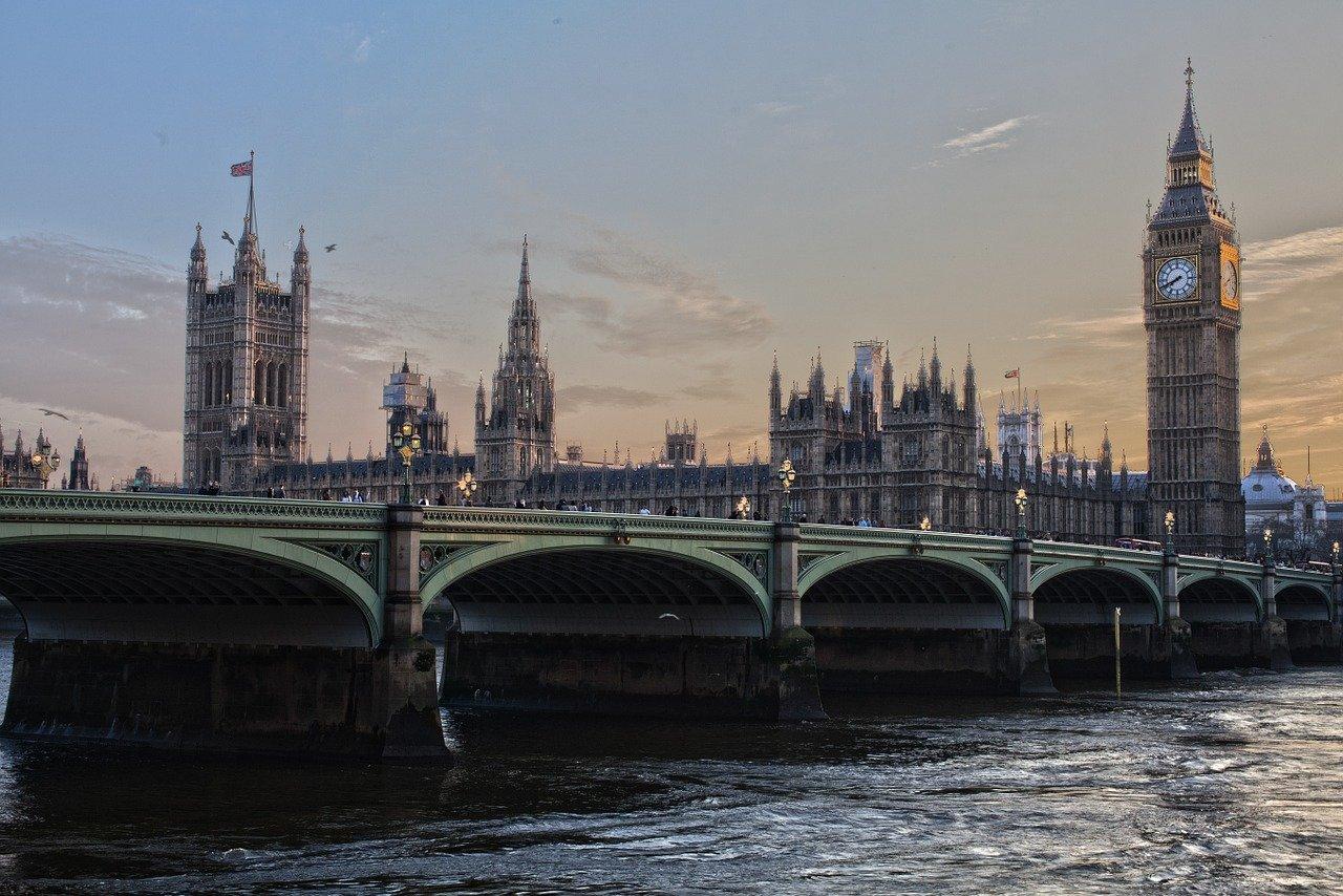 4 Unforgettable British Locations for an Autumn Break